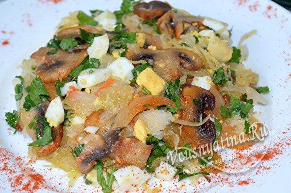 готовый салат с капустой