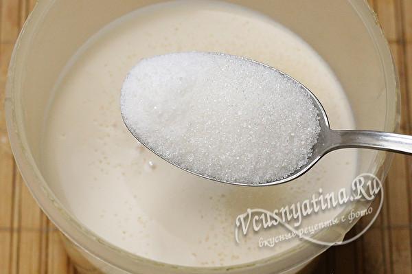 ряженка и сахар