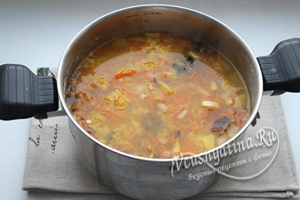 настаиваем готовый суп