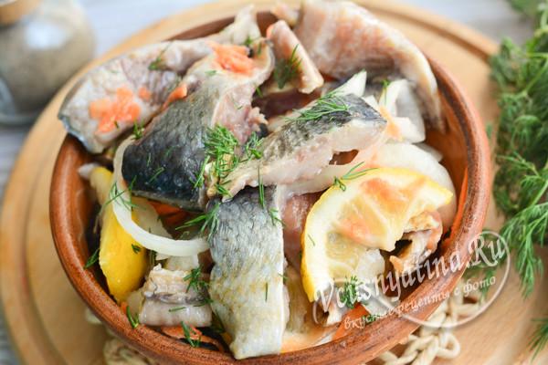 закуска из соленой рыбы