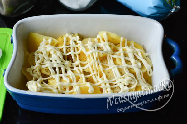 укладка слоями картошки