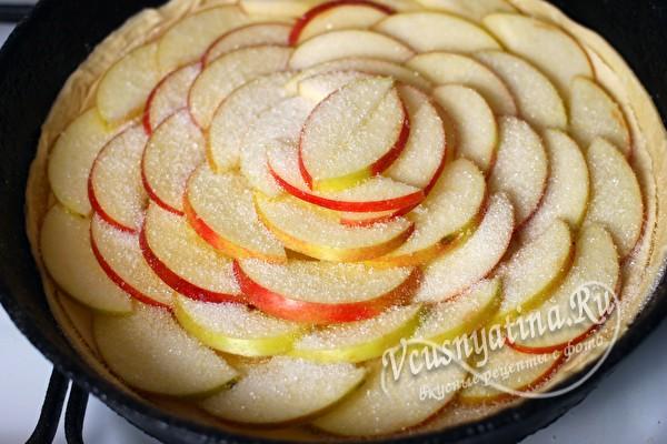 яблоки посыпанные сахаром