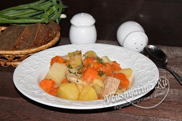 тушеное рагу из мяса с овощами
