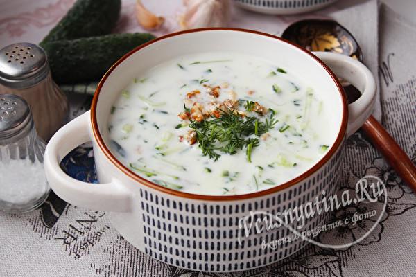 Суп таратор по-болгарски