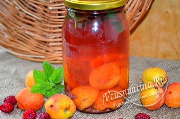 абрикосов-малиновый компот