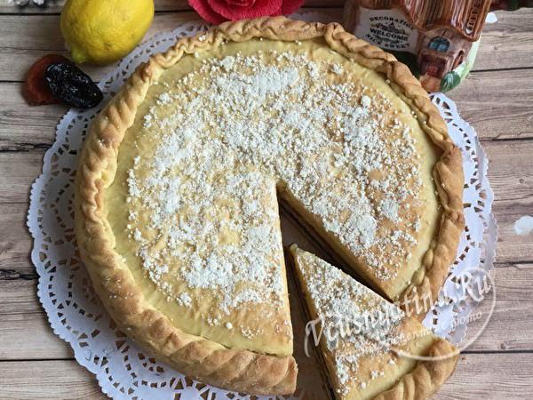 пирог с начинкой из сухофруктов