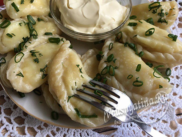 домашние вареники с картошкой