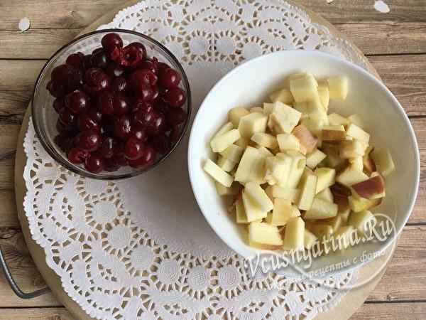 вишня и яблоки