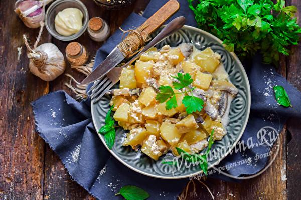 грибное блюдо с картошкой
