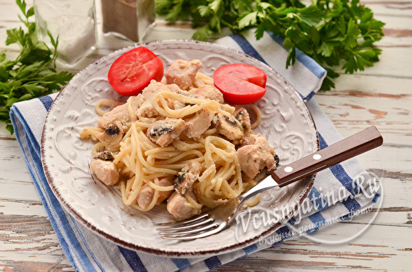 спагетти с грибами в сливках
