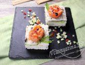 Закусочный суши-торт из риса с нори