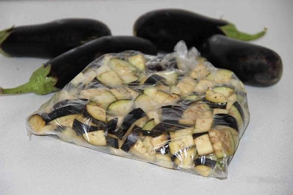 замороженные баклажаны в пакете