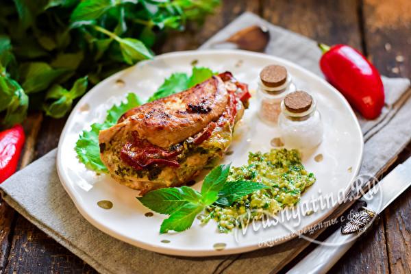 готовое филе с соусом песто