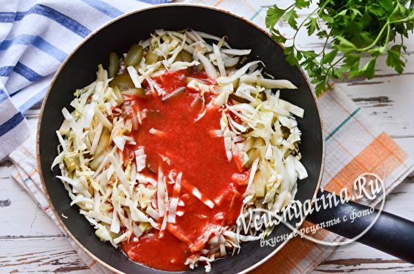 влить томатный сок