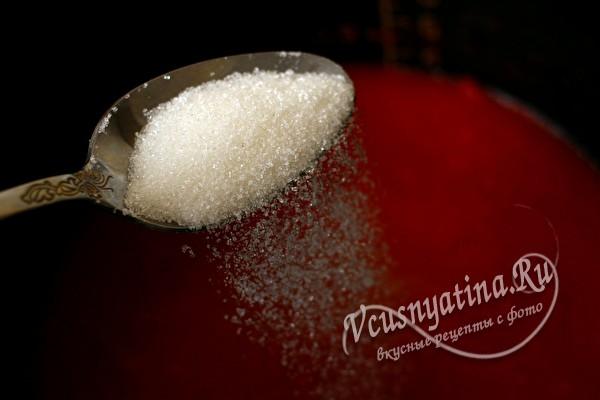 положить соль и сахар
