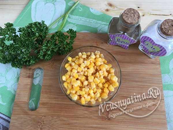 кукуруза в миске