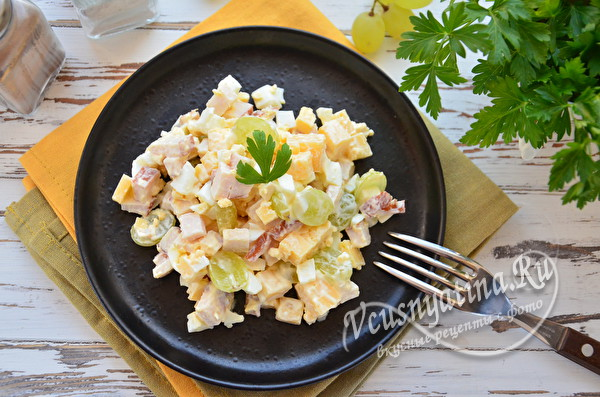 сытный салатик с курицей