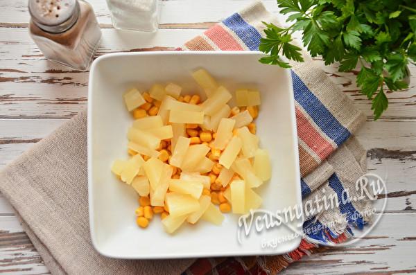ананас и кукуруза