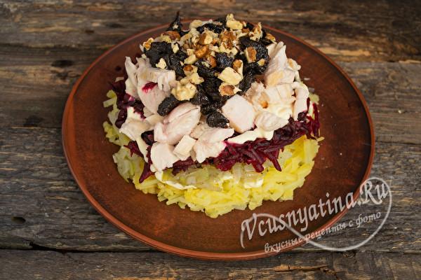 выложить салат слоями