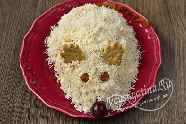 формуем торт в виде крысы
