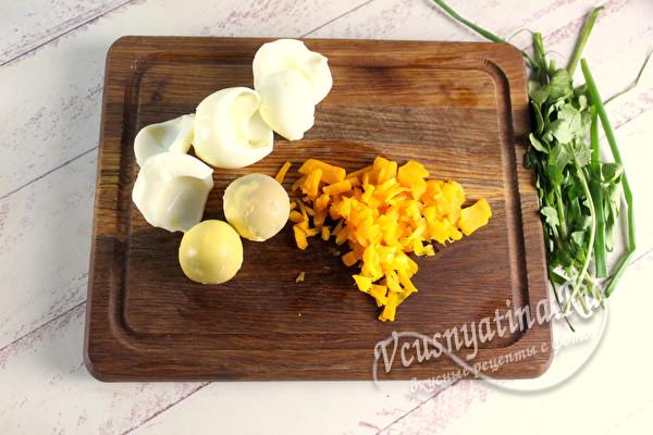 вареные белки и желтки