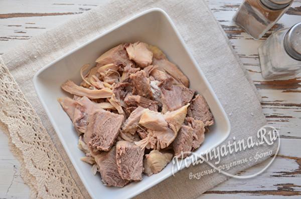 разобрать вареное мясо