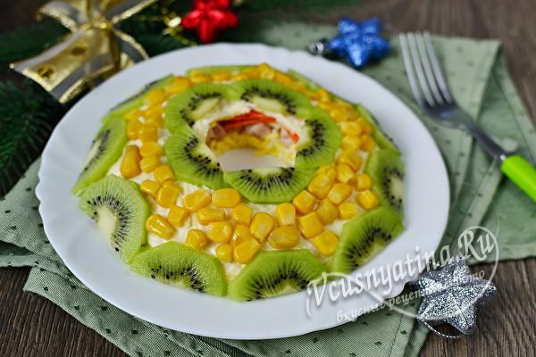 Салаты с курицей на Новый год 2021. Рецепты вкусных и простых салатов
