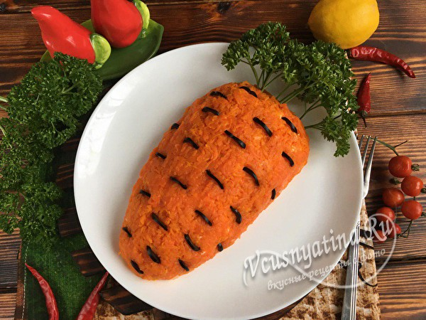 """салат """"Морковка"""" с грибами"""