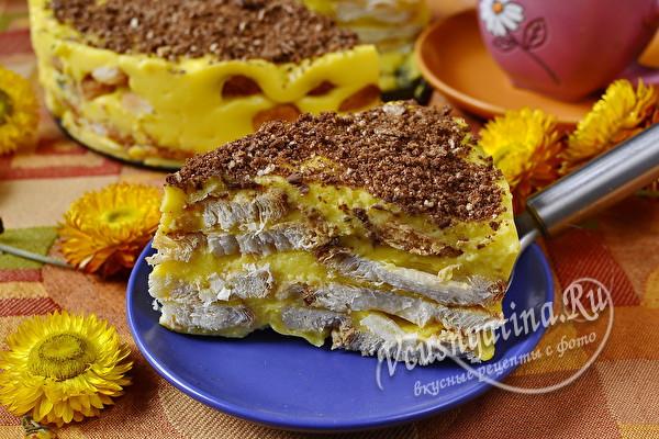 кусочек торта из печенья