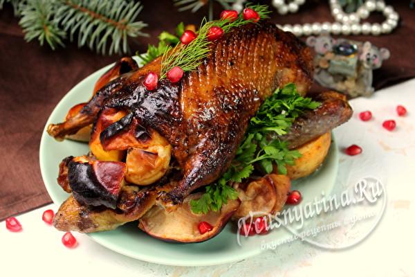 Новогодняя утка в духовке