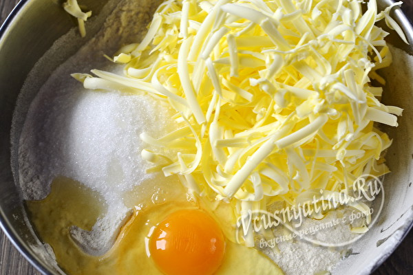 мука, масло и яйца