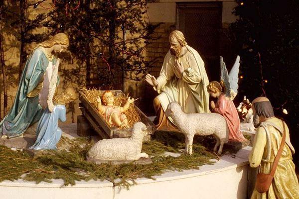 Когда и как празднуют Рождество Христово в 2021 году в России