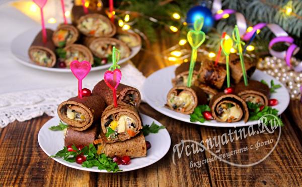 праздничные рулеты из печени