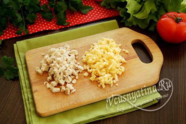измельченное мясо и сыр