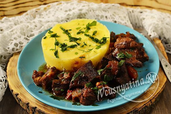 свежина из свинины с картошкой