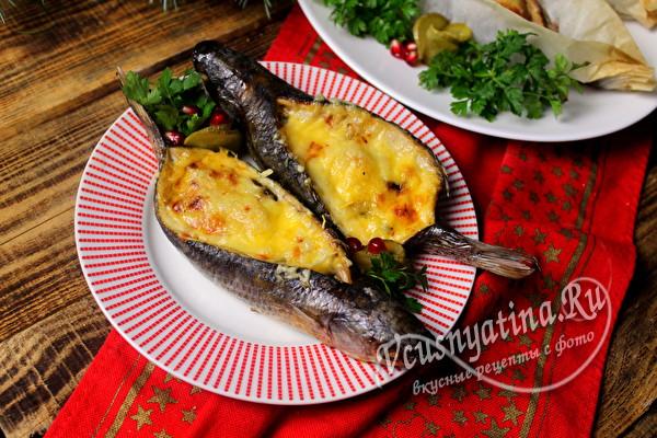 запеченная рыба с начинкой