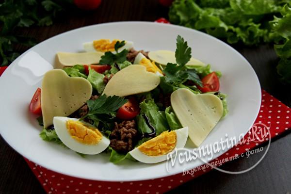 легки салат с тунцом