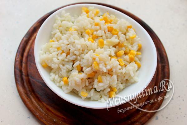 отварной рис с кукурузой