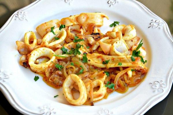 кальмары жареные на сковороде