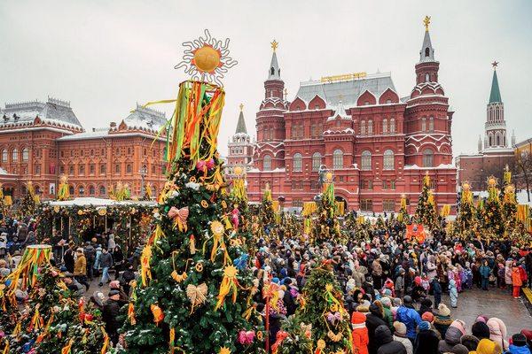Масленица в Москве на Красной площади