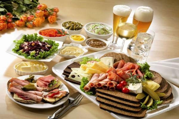 праздничный стол на 23 февраля