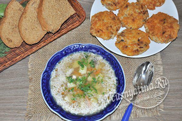 постные котлеты с супом из риса