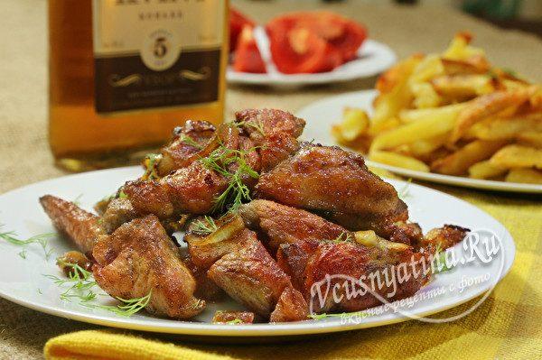 Мягкая и сочная свинина на сковороде