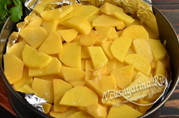 выложить оставшийся картофель