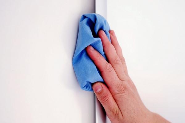 помыть стены