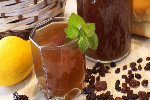 березовый сок с изюмом
