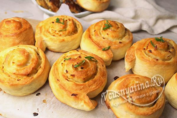постные булочки с луком