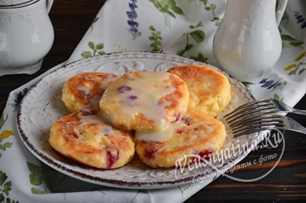 Вкусные сырники с вишней