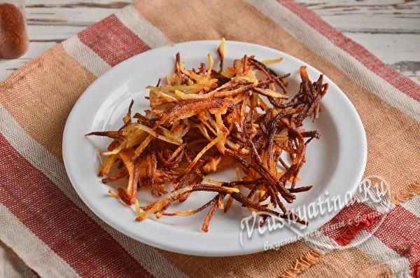 обжаренный картофель