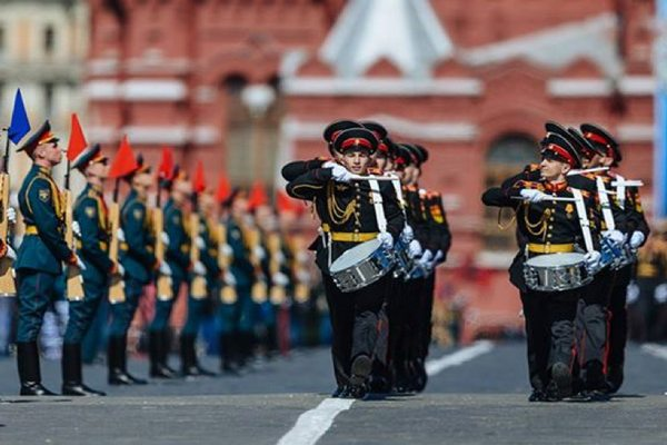 Будут ли отменять парад Победы на 9 мая 2020 в Москве из-за коронавируса